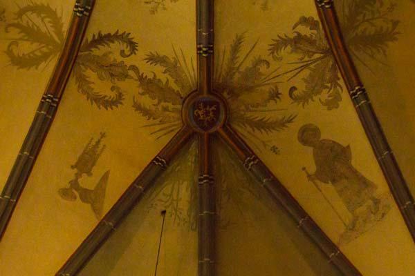 Gewölbe der Kirche St. Lambertus Düsseldorf mit Jakobus