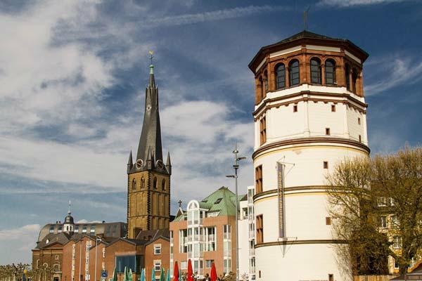 St. Lambertus und Schifffahrtsmuseum Düsseldorf