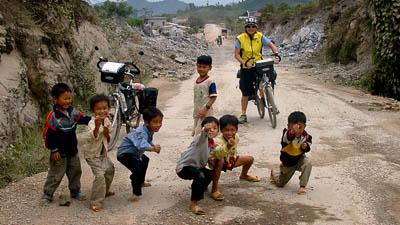 Kinder im Norden von Vietnam