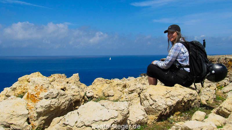 Menorca: Beate Steger auf dem Cami de Cavalls