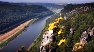 Die Elbe von der Bastei aus gesehen