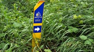 Wegzeichen des baskischen Jakobswegs