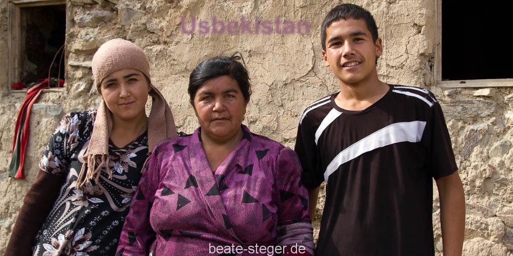 Usbekistan-Familie-Nurato
