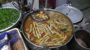 Suppe traditionell zum Frühstück