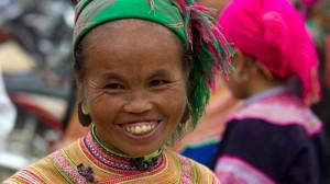 Eine Frau der Flower Hmong
